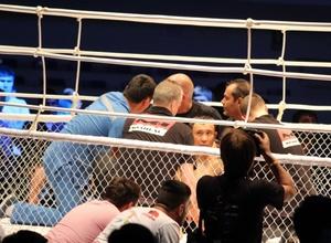 Казахстанский боец получил сотрясение мозга после нокаута на турнире М-1 Challenge в Астане