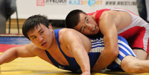 В Караганде завершился чемпионат Казахстана по греко-римской борьбе