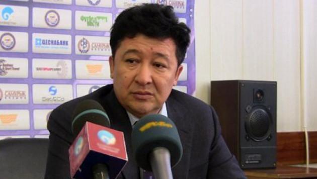 """В отношении избитого директора """"Иртыша"""" возбудили уголовное дело за взятку"""