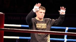 Сергей Деревянченко дебютировал с победы на профи-ринге