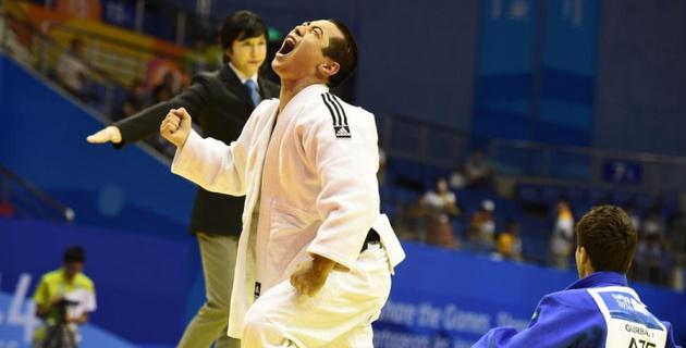 Золотую медаль Олимпийских Игр в Нанкине выиграл казахстанский дзюдоист Бауыржан Жауынтаев