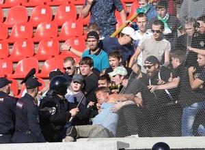 В Новосибирске сотрудники ОМОНа избили безногого болельщика