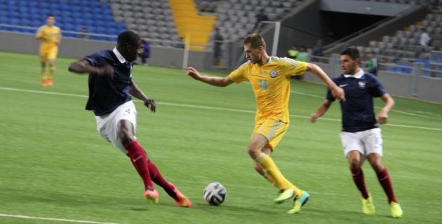Молодежная сборная Казахстана потерпела разгромное поражение от Франции