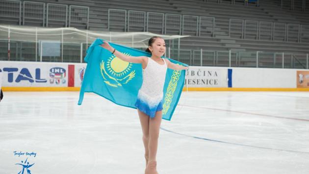 Казахстанская фигуристка Элизабет Турсынбаева стала третьей на этапе юниорского Гран-при