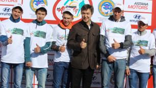 """Молодые гонщики из Астаны смогли посмотреть на """"Тур Алматы"""" изнутри"""