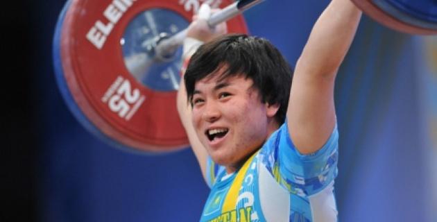 Казахстанка Жаппаркул стала бронзовой призеркой ЧМ в Алматы в рывке
