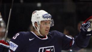Хоккеиста-миллионера из НХЛ разорили родители