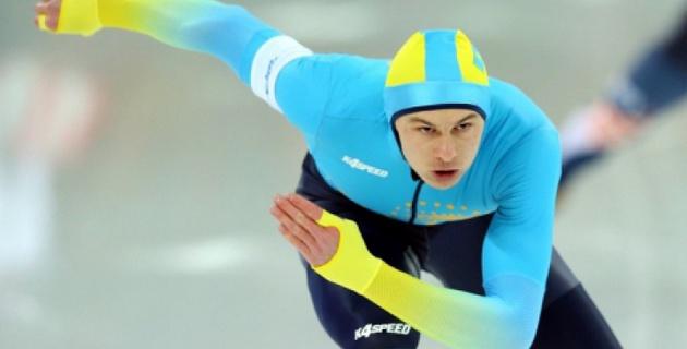 """Спанч Боб """"помогает"""" казахстанскому конькобежцу Кречу восстанавливаться после травмы"""