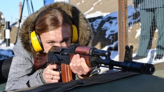 Ольга Рыпакова провела один день в армии