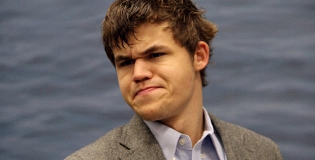Любитель шахмат из России обыграл чемпиона мира Магнуса Карлсена