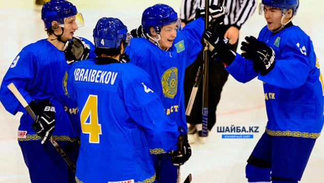 """Казахстанская """"молодежка"""" победила Францию на ЧМ по хоккею"""