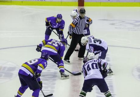 Интерес к хоккею в Усть-Каменогорске упал - Виктор Набоков