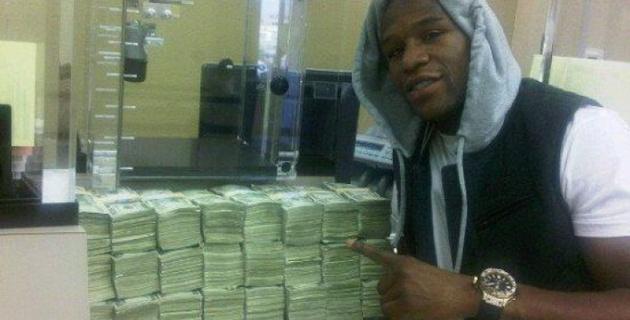 Мейвезеру-младшему предложили 120 миллионов долларов за бой с Пакьяо