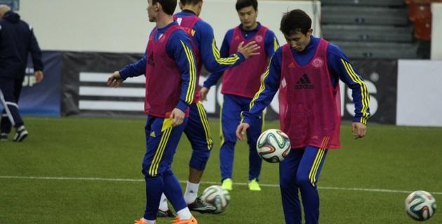 Футболисты Казахстана провели первую тренировку в Санкт-Петербурге перед Кубком Содружества