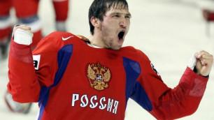 Овечкин готовится к Матчу Звезд НХЛ в футболке с портретом Путина