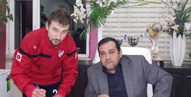 Игорь Зенькович перешел в турецкий клуб