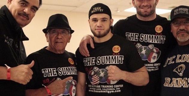 Видео досрочной победы Мадиева над американским боксером Санчесом