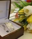 Аким Караганды подарил Екатерине Айдовой на 8 марта драгоценный браслет