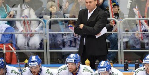 Главный тренер сборной Чехии по хоккею подозревается в получении взятки