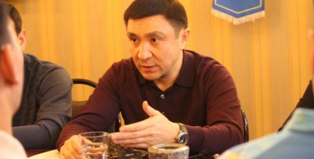 На плохих полях матчей не будет - Глава ФФК Кожагапанов о сертификации стадионов в Казахстане