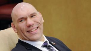 Головкин победит раздельным решением судей - Николай Валуев