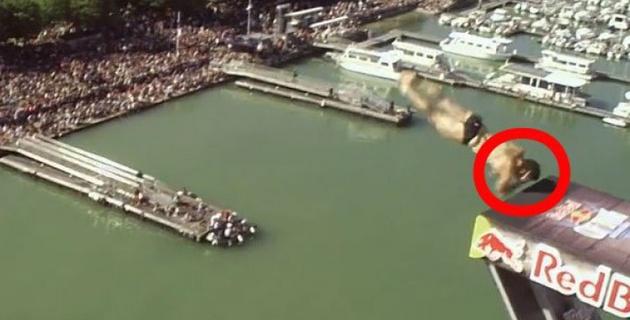Американец ударился головой о трамплин при прыжке с 27-метровой вышки