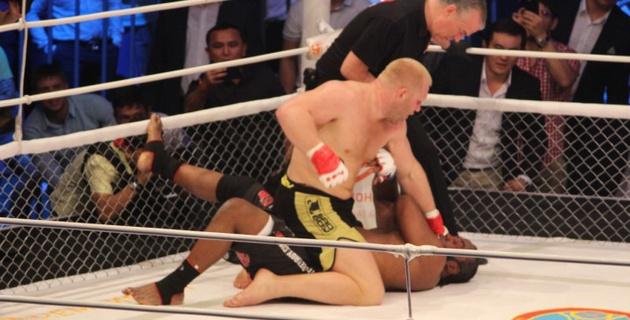 Не рассчитывал на такой короткий бой против Гарнера - Сергей Харитонов
