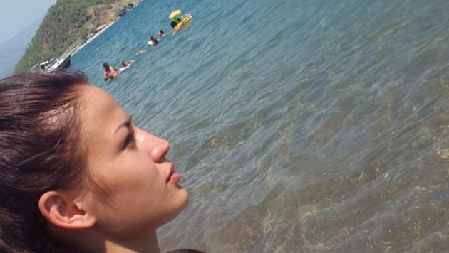 Серьезных травм в ДТП в Турции казахстанской боксерше Зарине Цолоевой удалось избежать