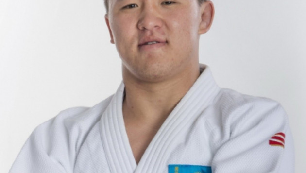 Казахстанский дзюдоист Калкаманулы проиграл грузинскому чемпиону мира 2014 года
