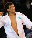 Ислам Бозбаев дебютировал с победы на чемпионате мира по дзюдо