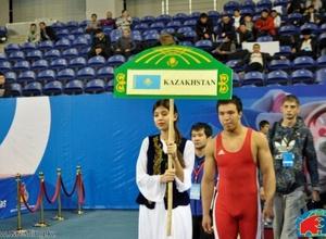 Казахстанские борцы стартуют на чемпионате мира