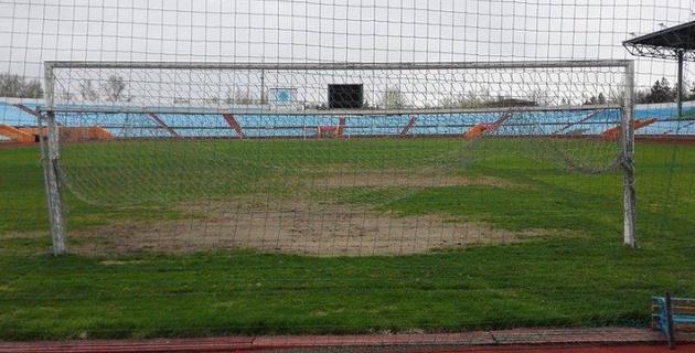 Степной футбол. Западные СМИ сравнили стадионы Астаны и Караганды