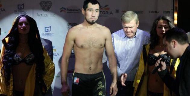 Казахстанский боксер Ербосынулы выиграл дебютный бой на профи-ринге в первом раунде