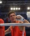 Данияр Елеусинов стартовал с победы на чемпионате мира по боксу
