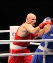 Иван Дычко уверенно вышел в четвертьфинал чемпионата мира по боксу