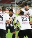 Венесуэльский футболист заставил мяч зависнуть в воздухе во время празднования гола