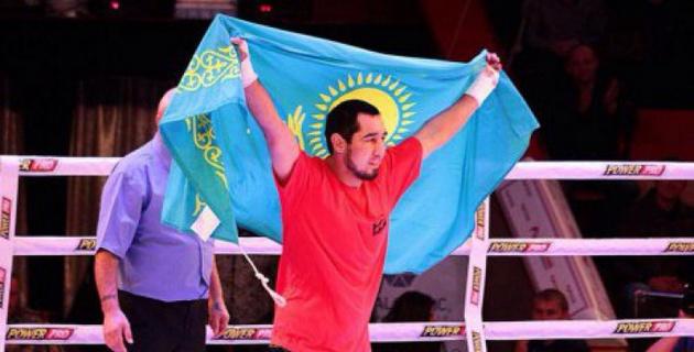 Казахстанец Ербосынулы одержал вторую досрочную победу подряд на профи-ринге