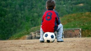 """10-летним казахстанским футболистом интересуется французский """"Лион"""""""