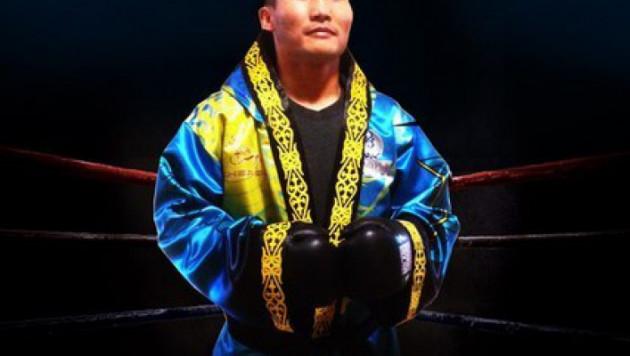 Канат Ислам нокаутировал соперника в первом раунде