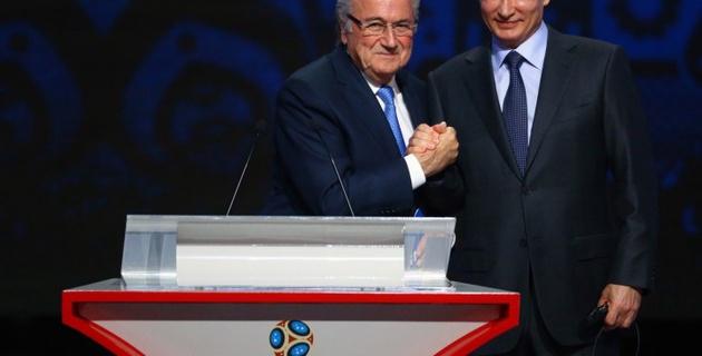 Путин предложил вручить Блаттеру Нобелевскую премию мира