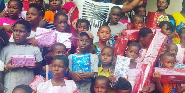 "Нападающий ""Кайрата"" Жерар Гоу подарил подарки 5 000 детям"