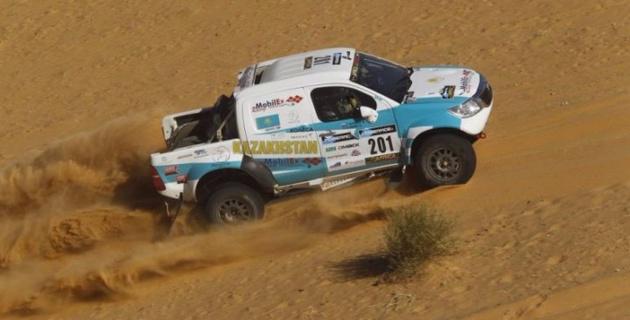 Казахстанский экипаж увеличил отрыв от преследователей в борьбе за первое место Africa Eco Race-2016