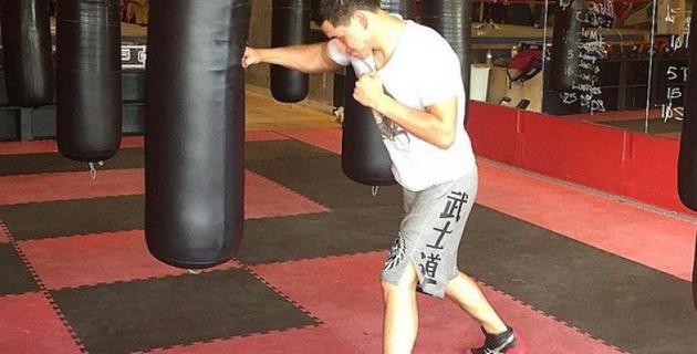 Казахстанский боксер Тураров отправил в нокаут своего спарринг-партнера