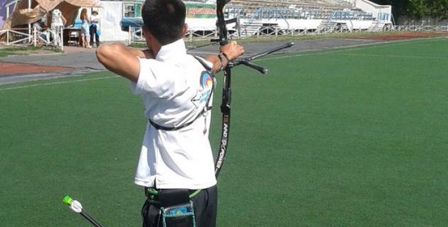 Казахстанские стрелки из лука не могут позволить себе дорогостоящий инвентарь - лучник Султан Дузельбаев