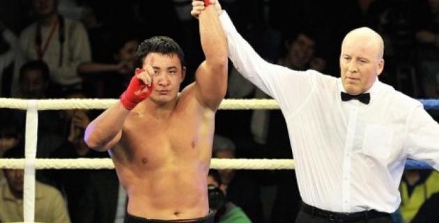 Стал известен файткард вечера дебюта на профи-ринге Руслана Мырсатаева