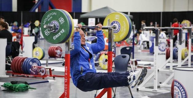 В сборной Казахстана по тяжелой атлетике на шесть олимпийских лицензий претендует 18 парней - Вилорий Пак