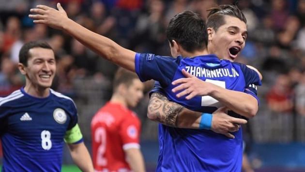 Сборная Казахстана заняла второе место в группе на Евро