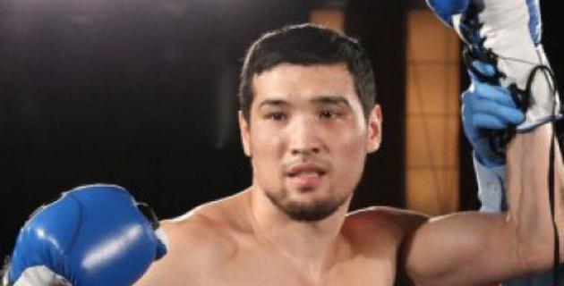 Даурен Елеусинов нокаутировал соперника в первом раунде
