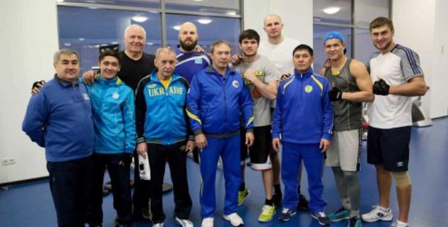 Национальная сборная по боксу поздравила казахстанцев с праздником Наурыз
