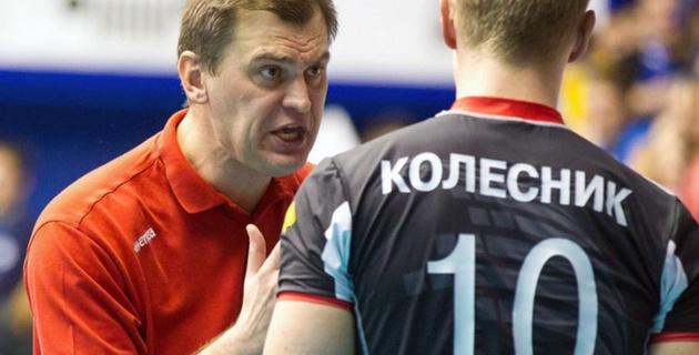 Появилось видео с тяжелым нокаутом тренера волейбольного клуба в ночном клубе Кемерово